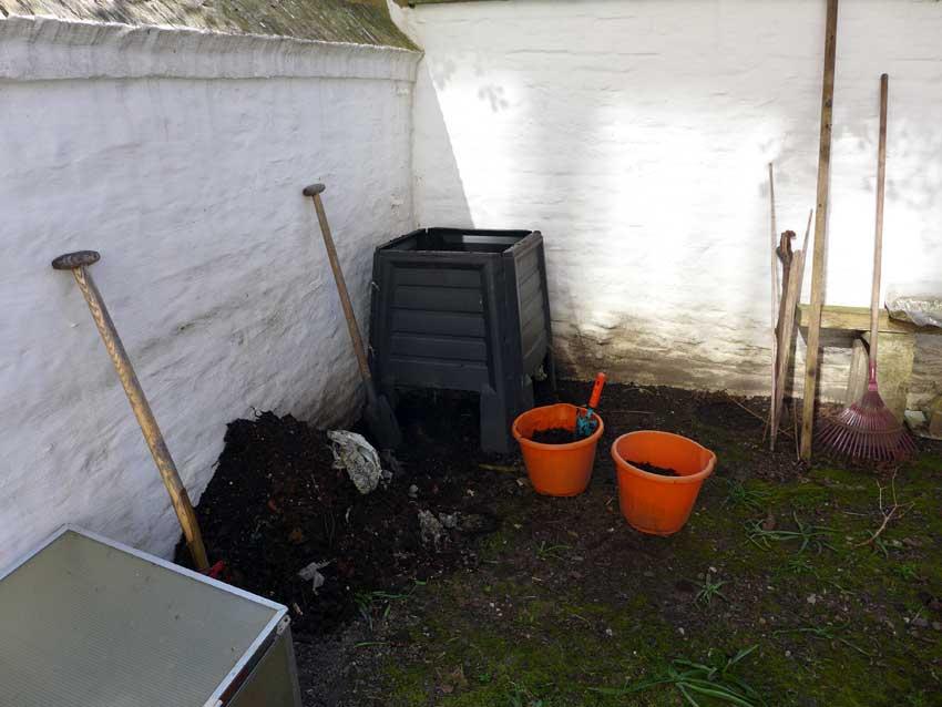 blog-2015-composting-01